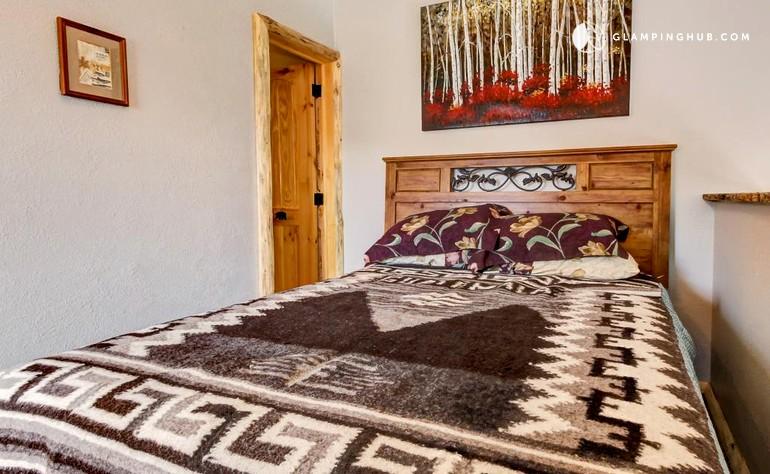 Mountain getaway near brian head resort utah for Brian head ski resort cabin rental