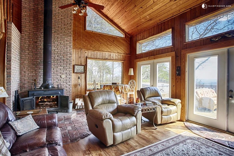 luxury cabin near cloudland canyon georgia. Black Bedroom Furniture Sets. Home Design Ideas