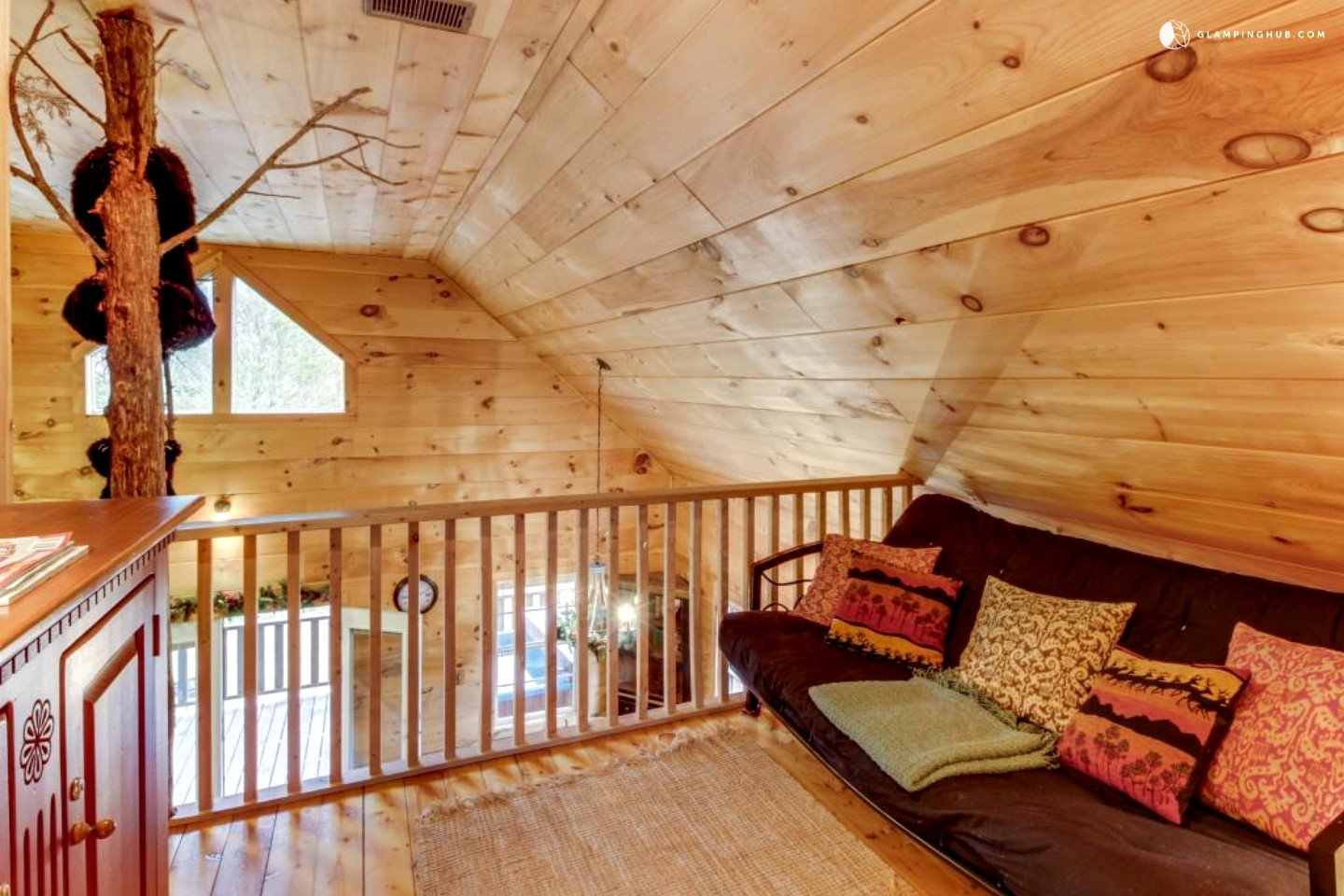 Cabin With Private Hot Tub Near Townsend Tennessee