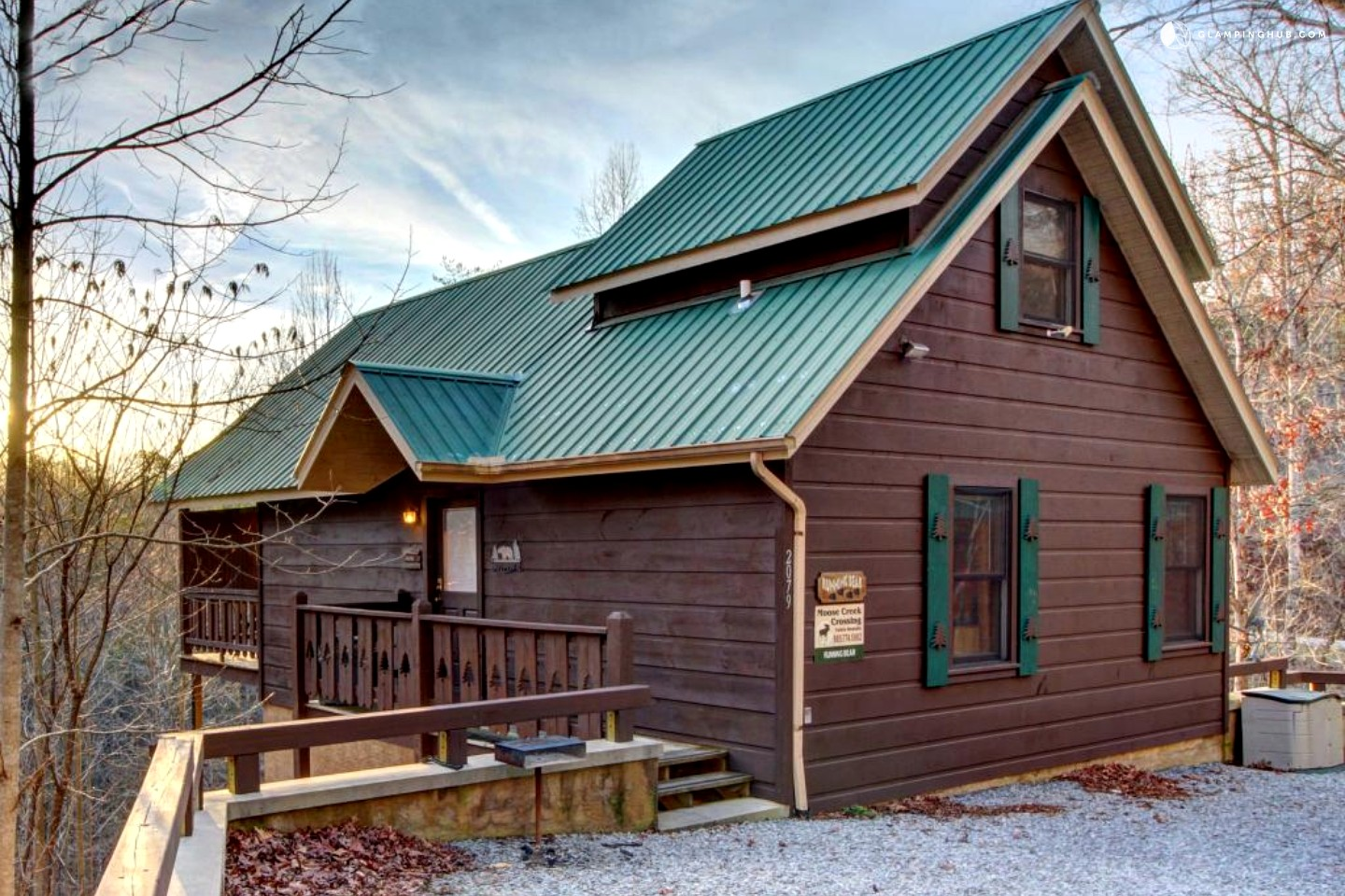 Cabin by great smoky mountains national park tennessee for Smoky mountain tennessee cabin rentals