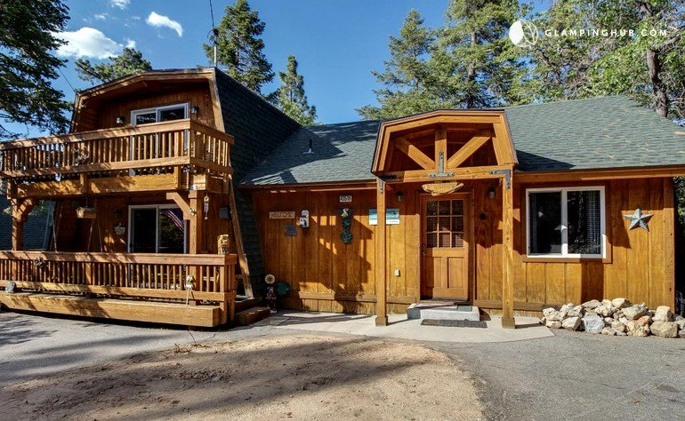 Wood cabin in big bear california for Big bear cabins california