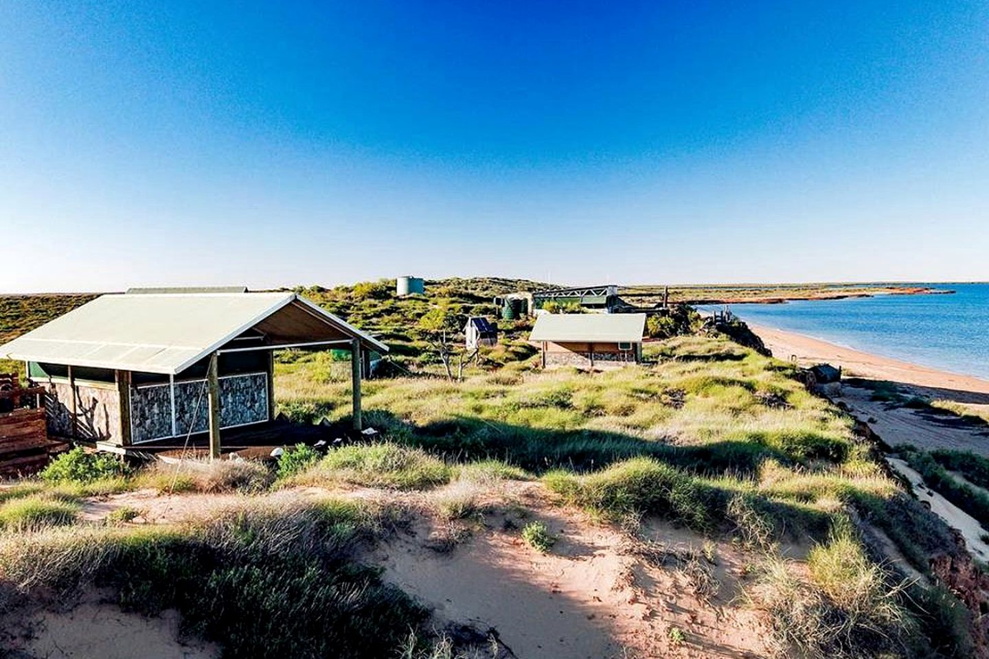 These cabins in Exmouth are the ideal choice for romantic getaways. Western Australia holiday homes have never been so secluded!