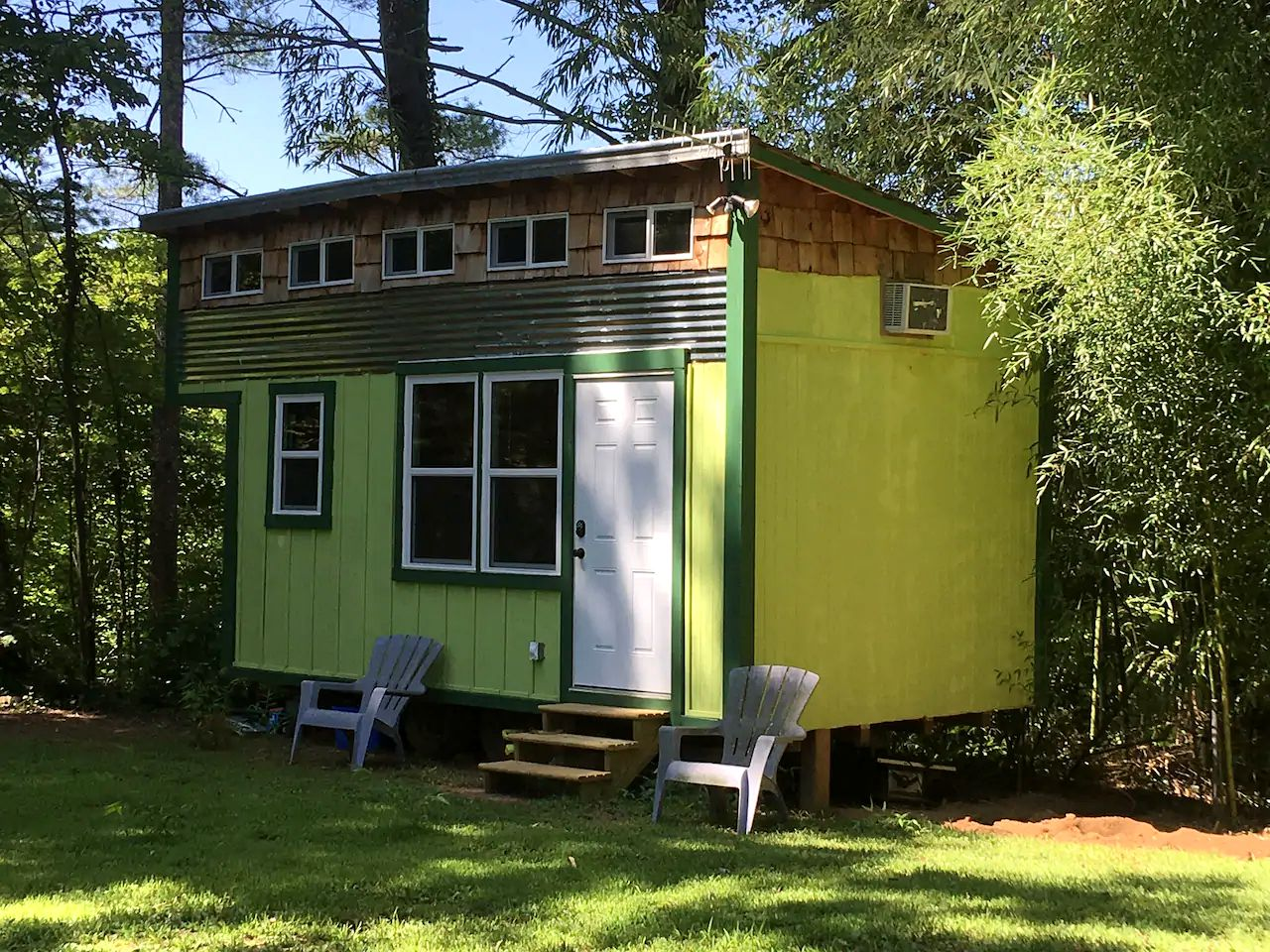 Tiny Houses (Saluda, North Carolina, United States)