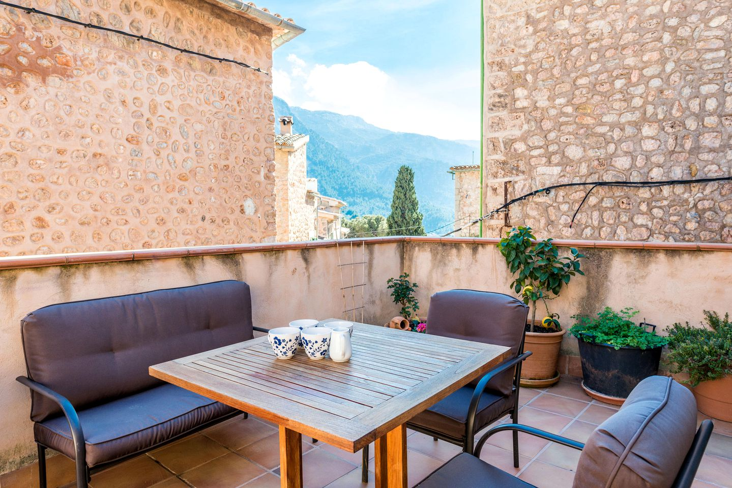 Enjoy a holiday in Spain at this Mallorca villa rental!