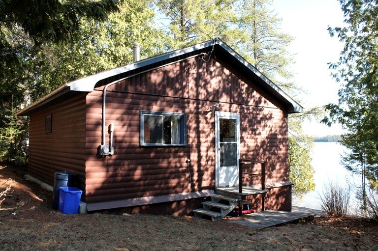 Astonishing Peaceful Waterfront Cabin Rental With A Dock On Trout Lake In North Bay Ontario Home Interior And Landscaping Ferensignezvosmurscom