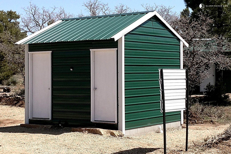 Unique cabin in monticello utah for Unique cabins