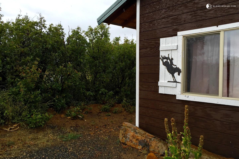 Cabin rental in abajo mountains near moab utah for Moab utah cabins