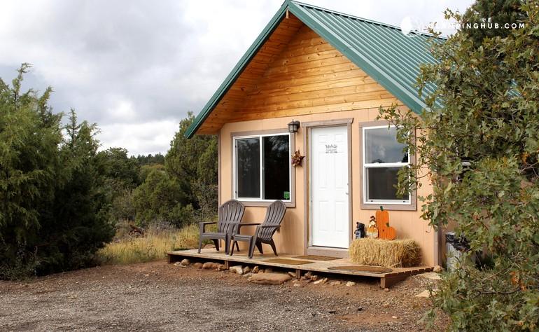 Mountain cabin rental near moab utah for Moab utah cabins