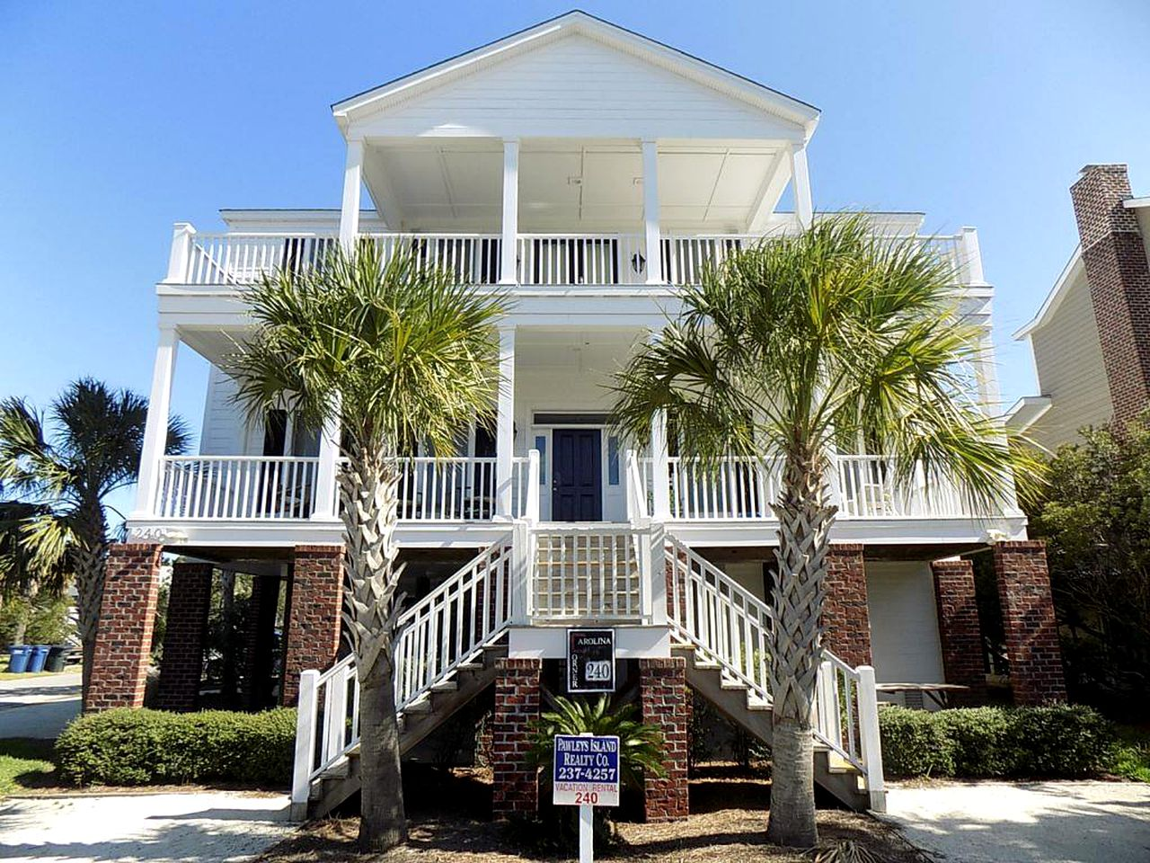 Beach Houses (Pawleys Island, South Carolina, United States)