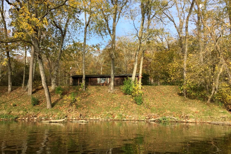 Riverfront cabin in shenandoah valley virginia for Shenandoah valley romantic cabins