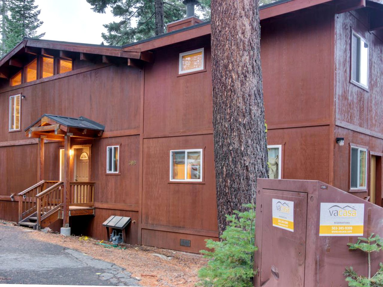 Cabins (Homewood, California, United States)