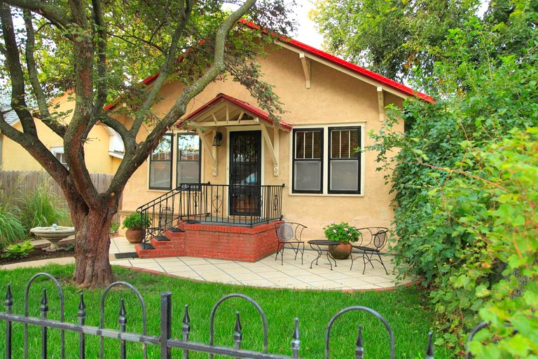 Charming Cottage Rental Near Tallgrass Prairie National Preserve In Strong City Kansas