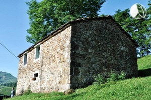 Photo of Charming Five-Person Rural Cottage Rental near Santander, Spain