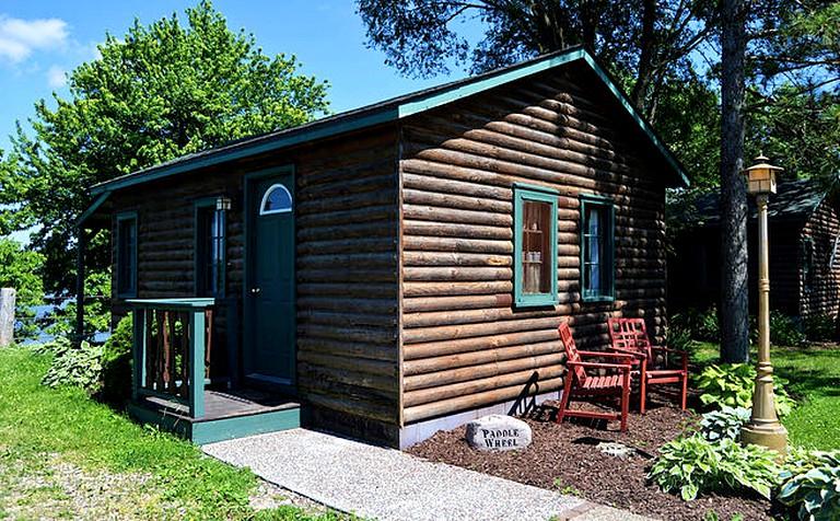 Charming Riverside Cabin Rental On The Outskirts Of Bellevue Iowa