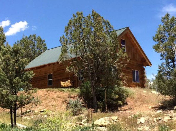 Classic Log Cabin Rental With Spacious Loft Near Durango Colorado
