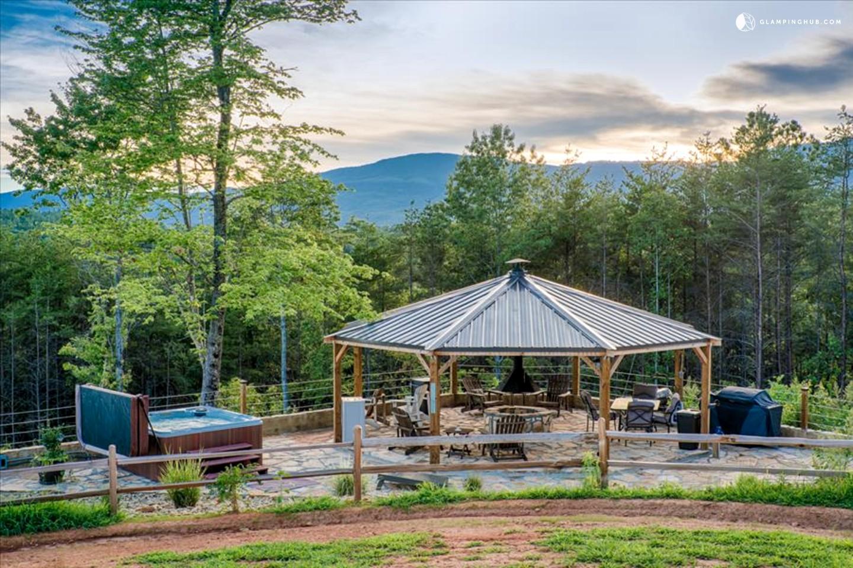 Cabin Rental Next To Lake Lure North Carolina