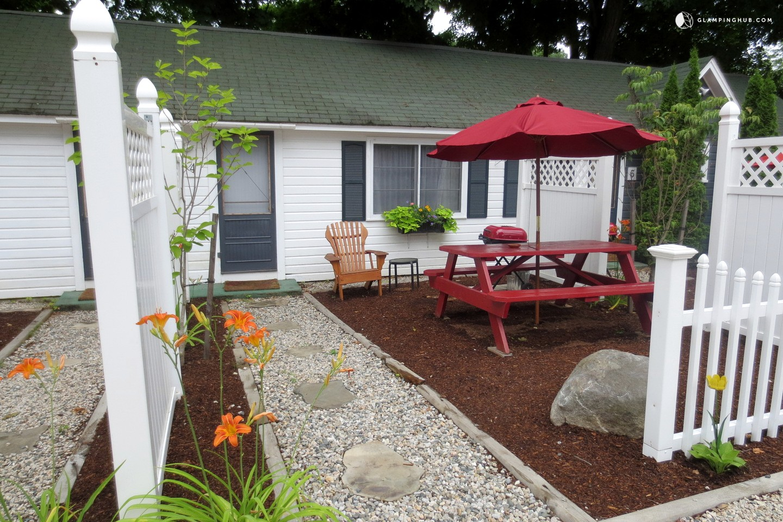 Idyllic Cottage by Lake Winnipesaukee