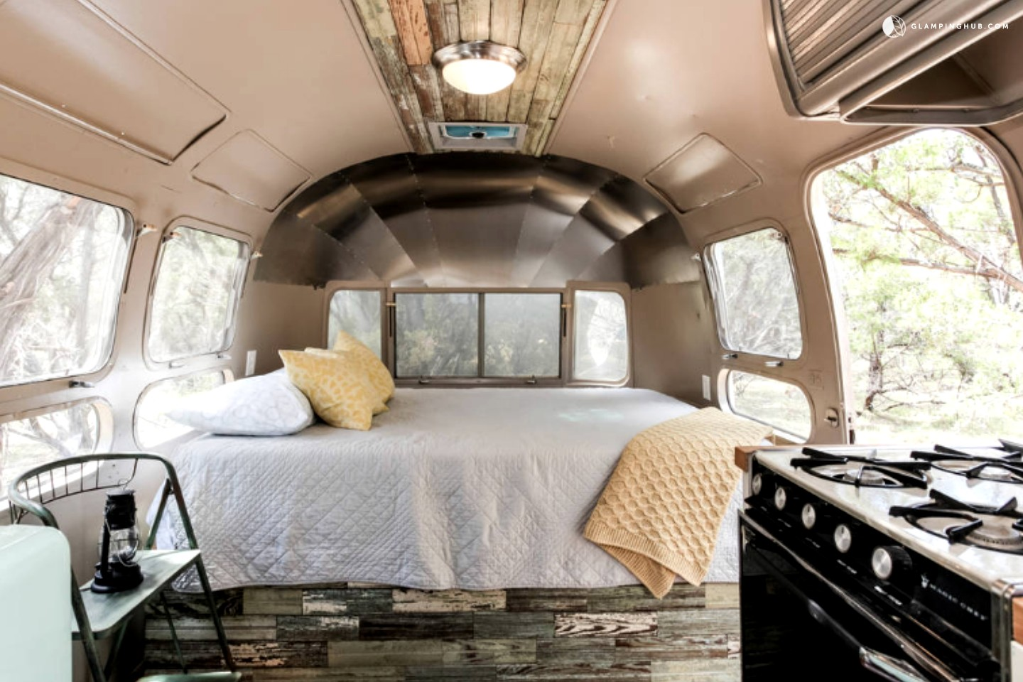 Airstream rental near austin for Airstream decor