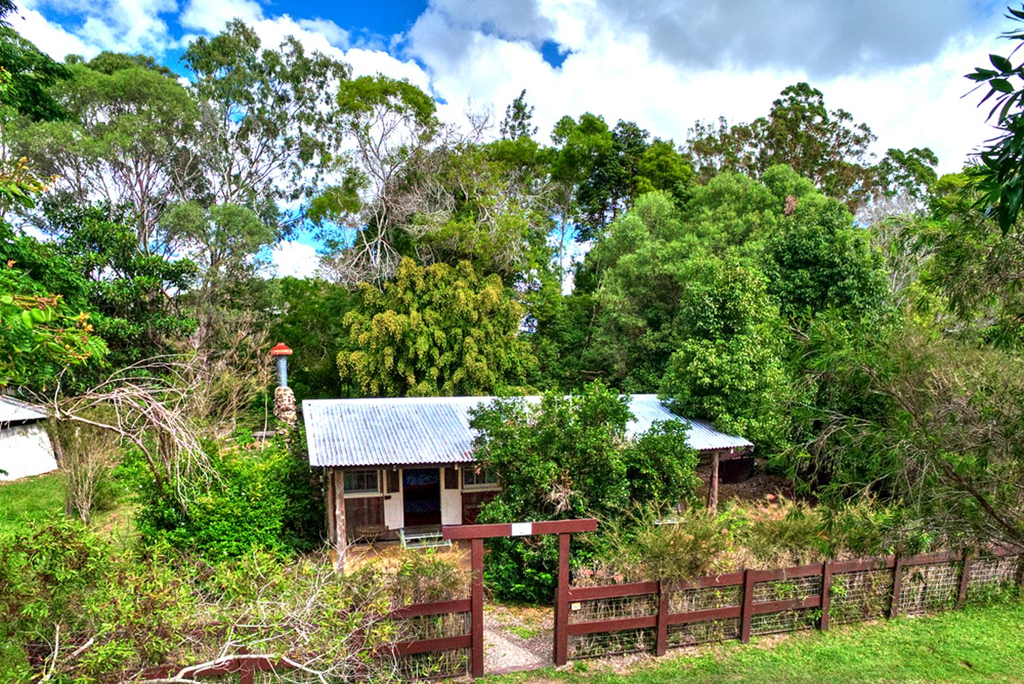 Cottages (Pomona, Queensland, Australia)
