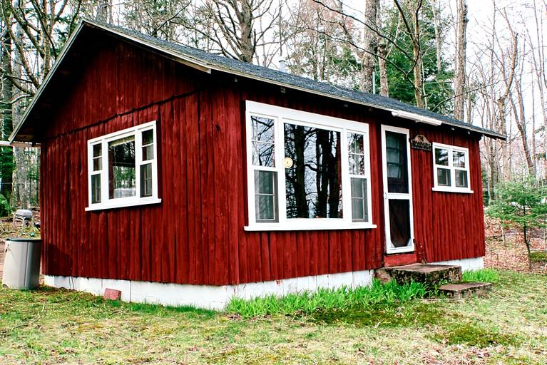 Comfortable Lake Cabin For A Romantic Getaway In Au Train Michigan