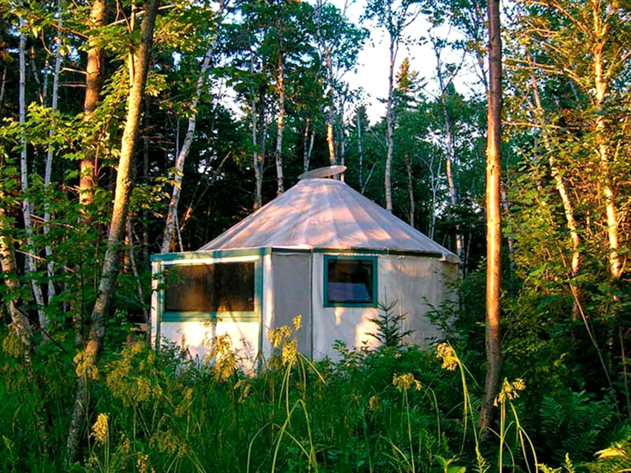 Bay Of Fundy Camping >> Countryside Camping Yurt Near Bay Of Fundy In New Brunswick Canada