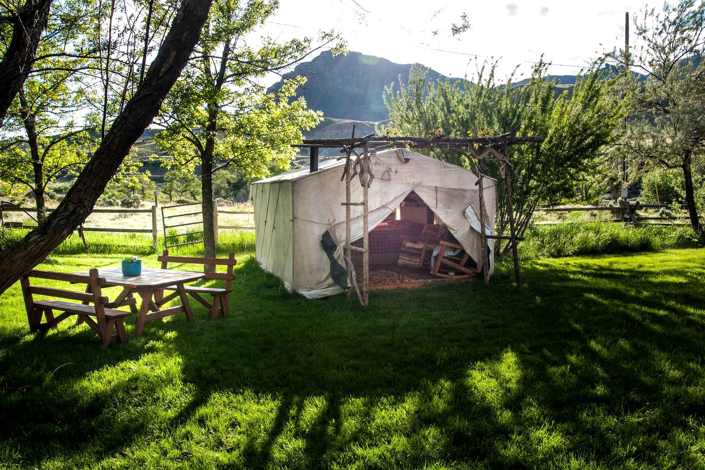 Tents (Cody, Wyoming, United States)