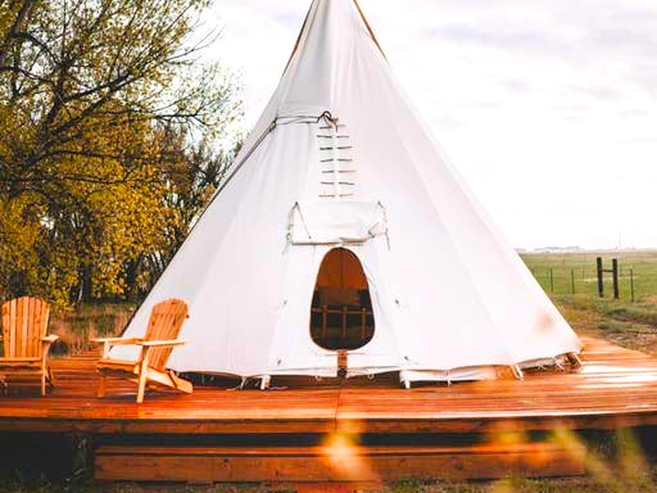 Tipis (Hudson, Colorado, United States)