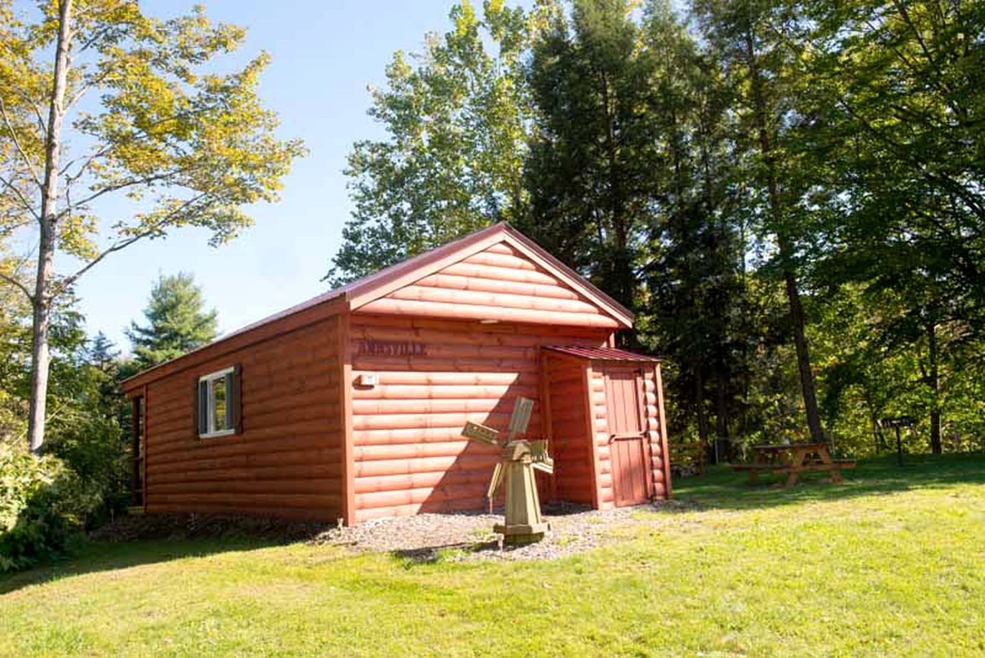 Oneida Lake accommodations, cabin rental  in Taberg, New York, United States