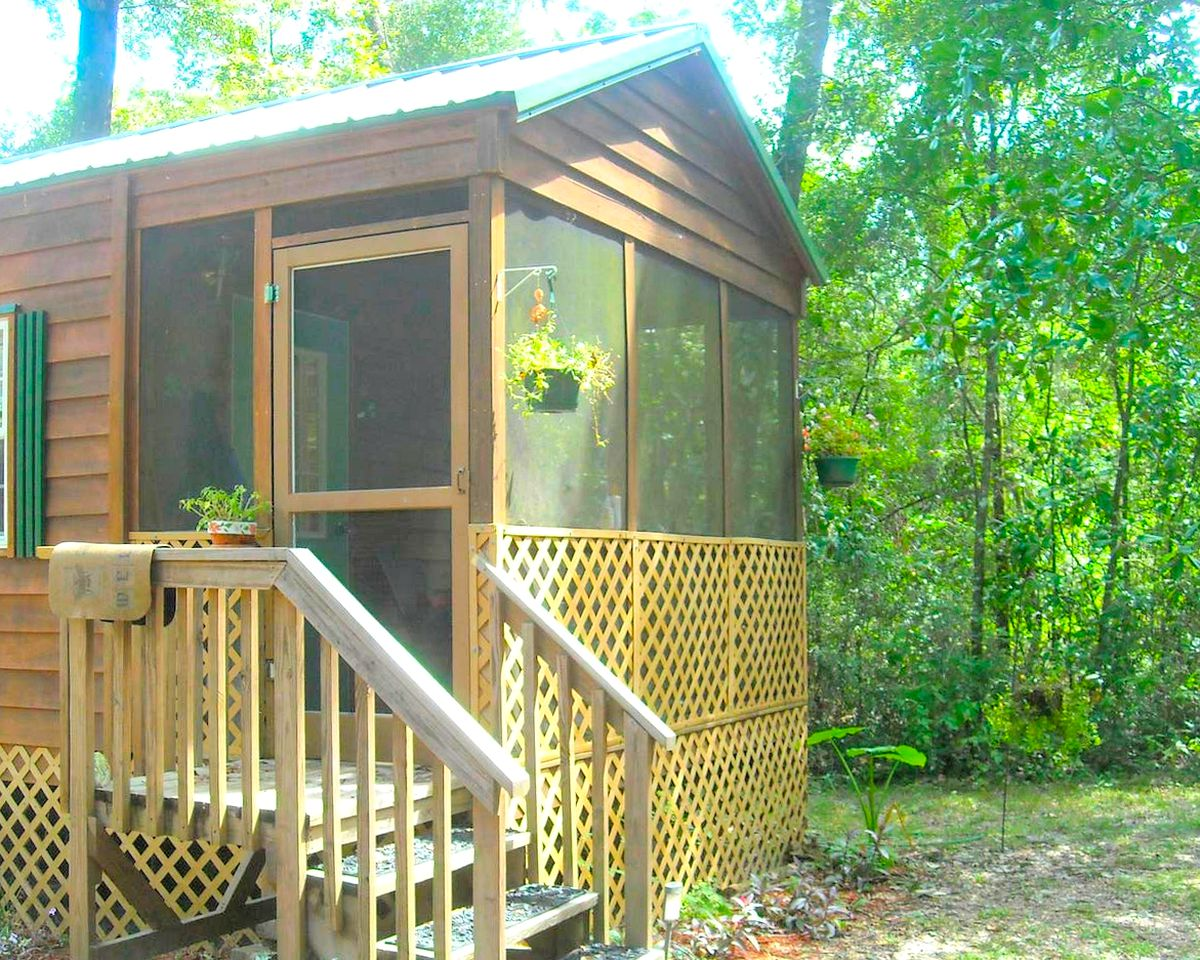 Ginnie Springs cabins for rent