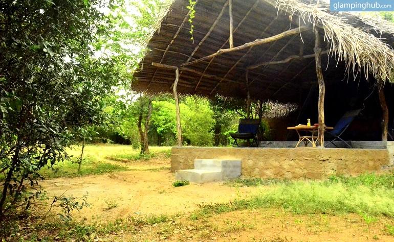 luxury camping tent in sri lanka glamping in sri lanka. Black Bedroom Furniture Sets. Home Design Ideas