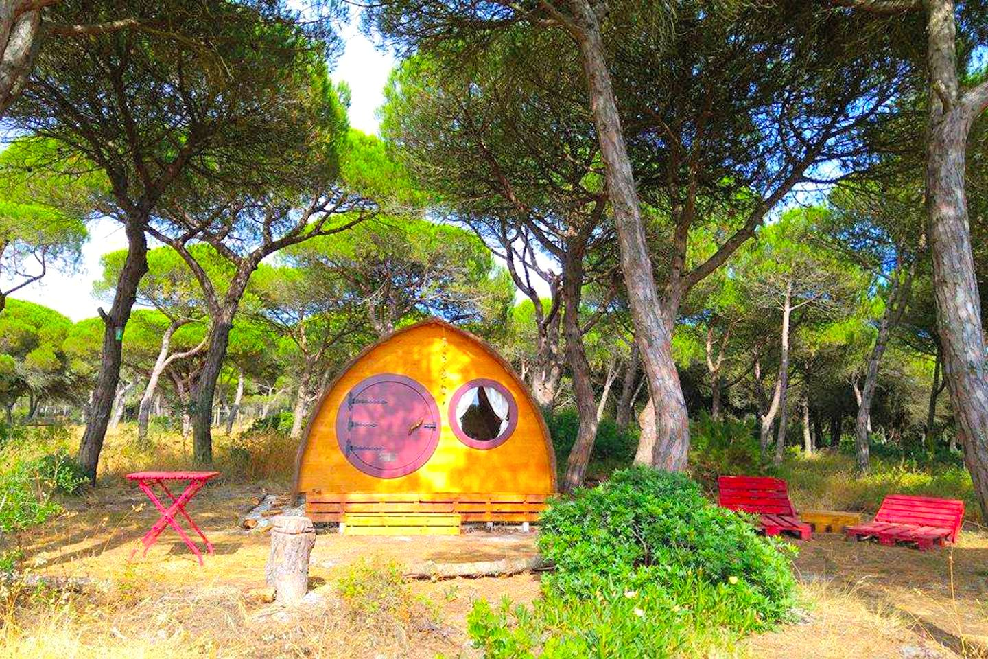 Pod rental in the coast of Setubal, Portugal