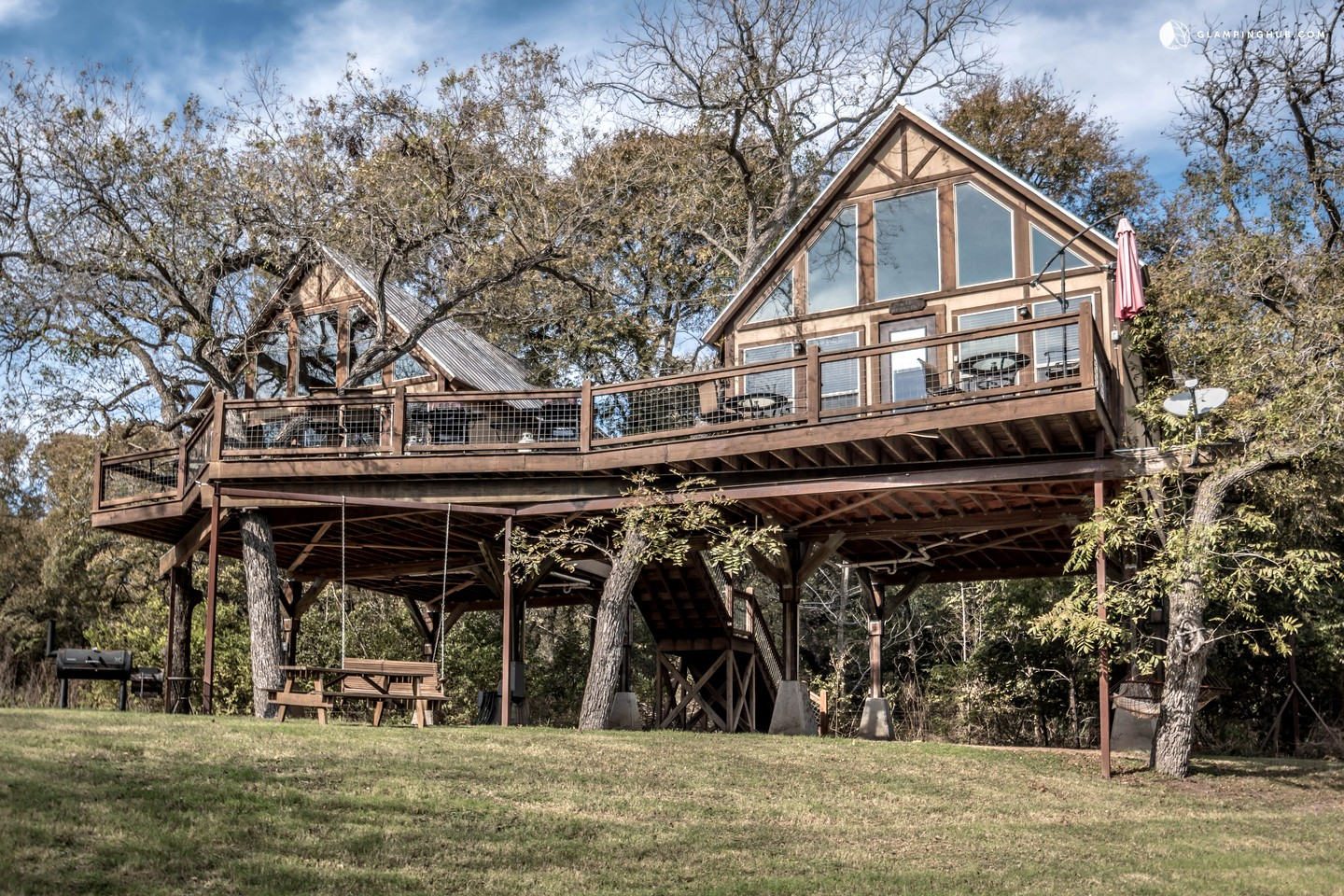 Treehouse tree house rentals in new braunfels