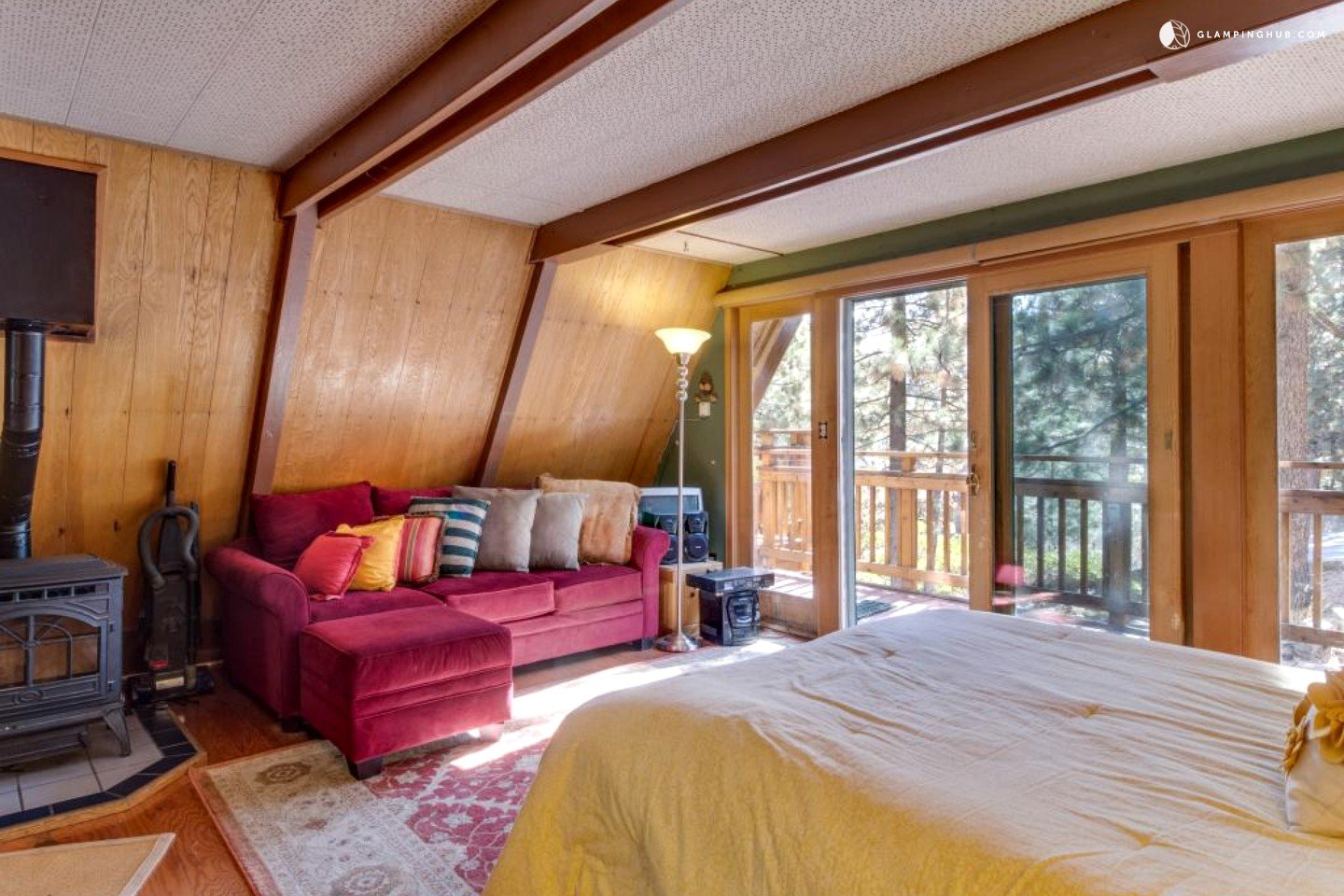 A frame cabin rental in north lake tahoe for Rent a cabin in lake tahoe ca