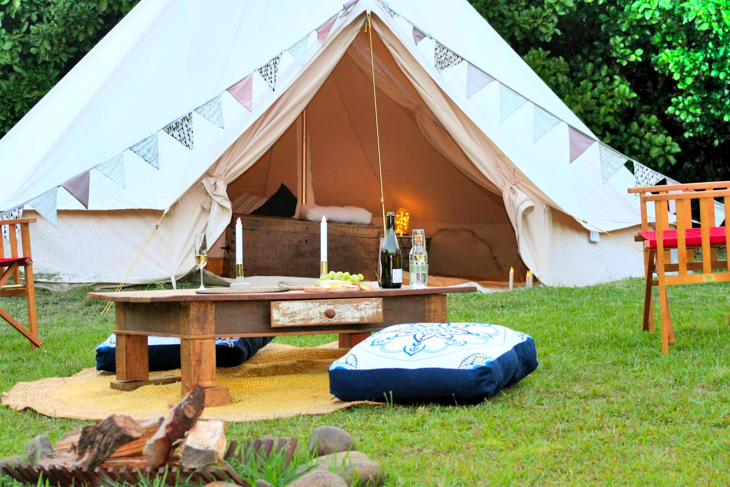 This tent rental is ideal for weekend getaways from Sydney! Guests will have plenty of outdoor space to relax in and a peaceful ambiance!