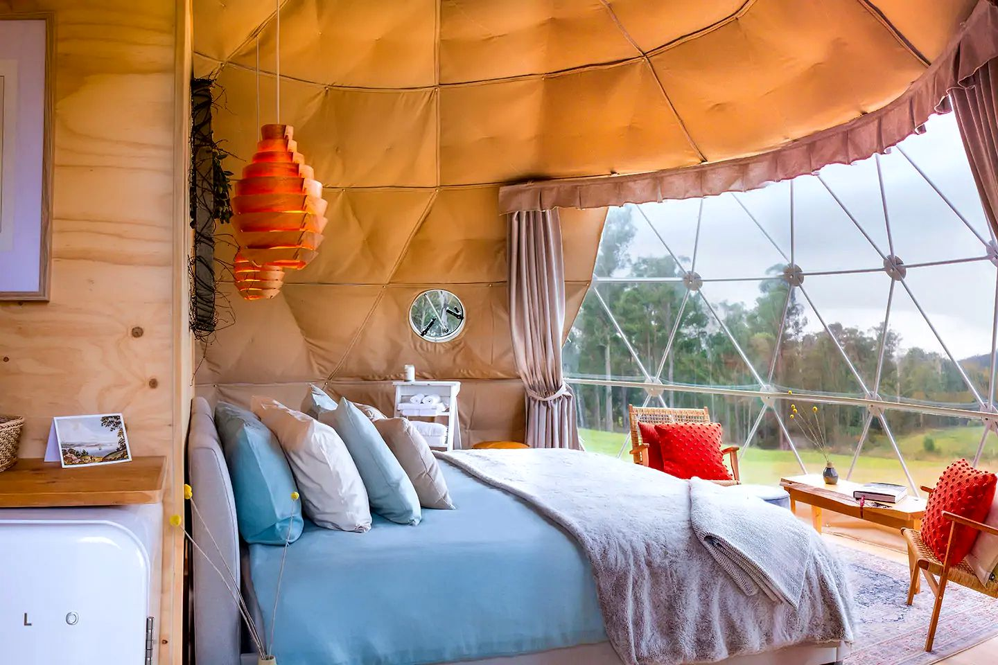 The gorgeous dome is the perfect Tasmania romantic getaway offering a luxury accommodation based on a vineyard. Guests will love the great wineries!