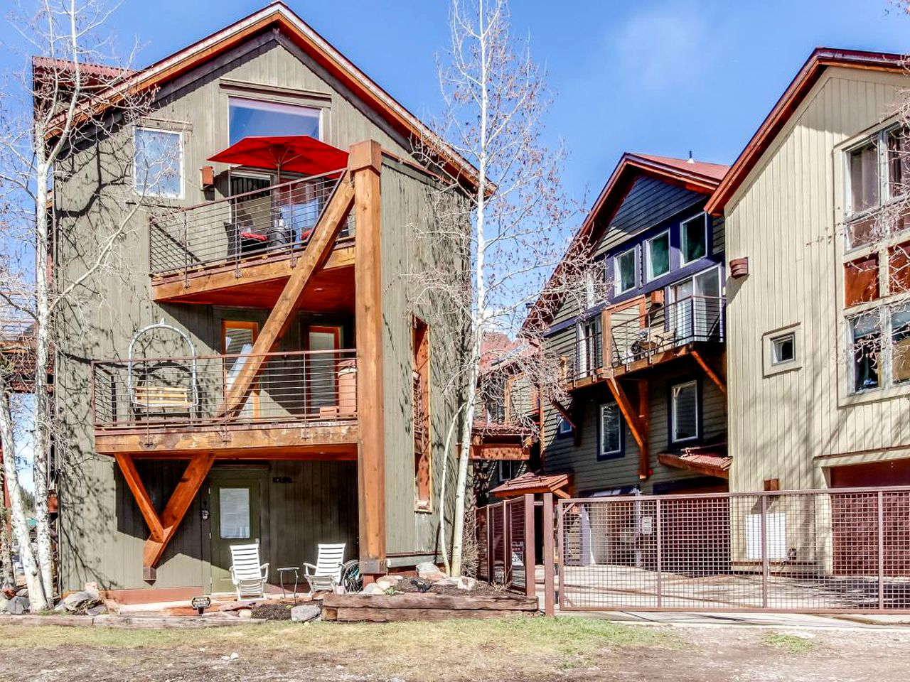 Cabins (Telluride, Colorado, United States)