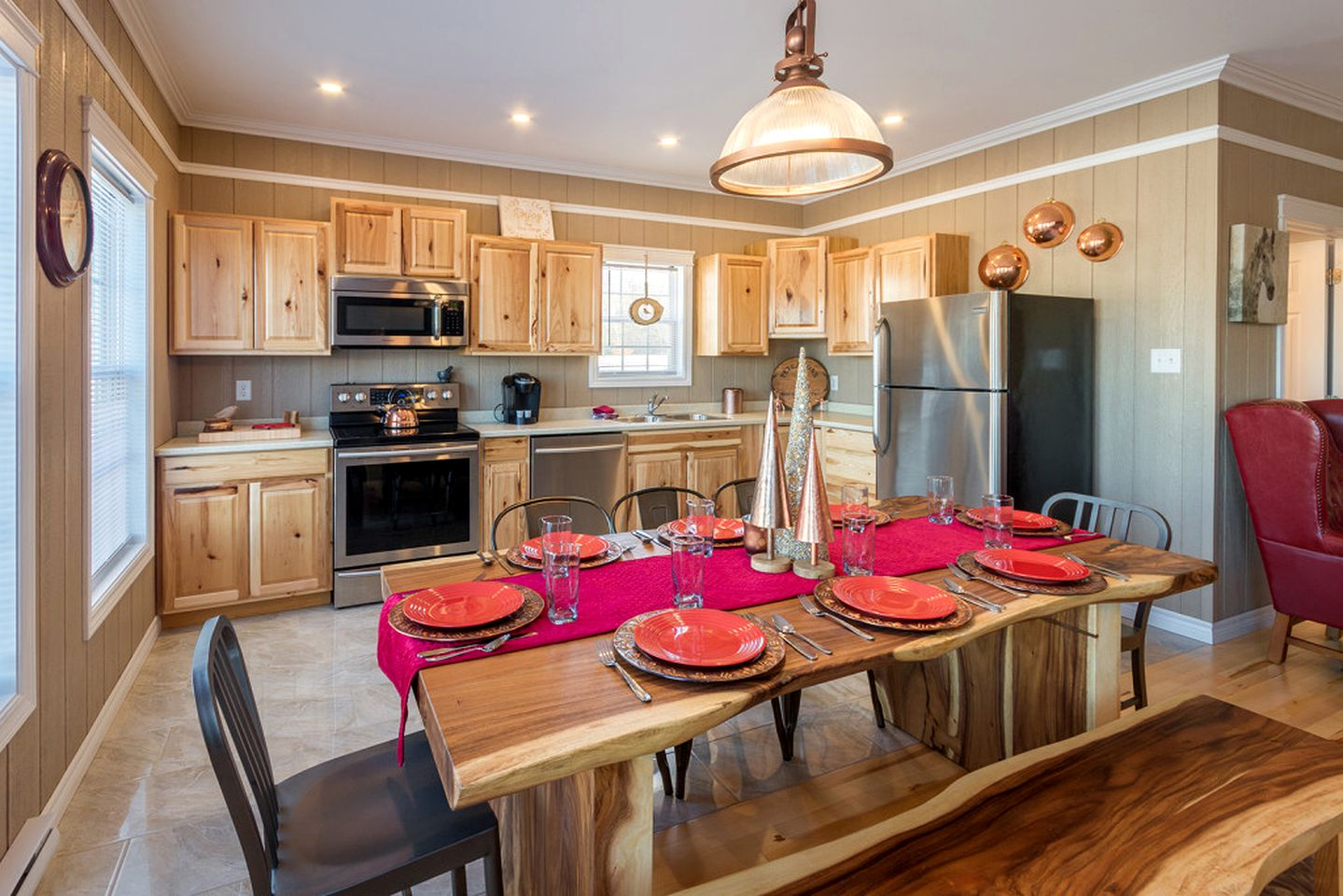 Cottage Rental with Outdoor Hot Tub near Saint John, New ...