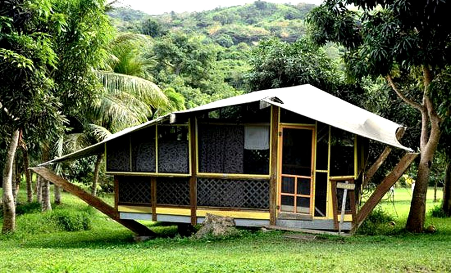 Tented Cabins (Fredericsted, St. Croix, United States Virgin Islands)