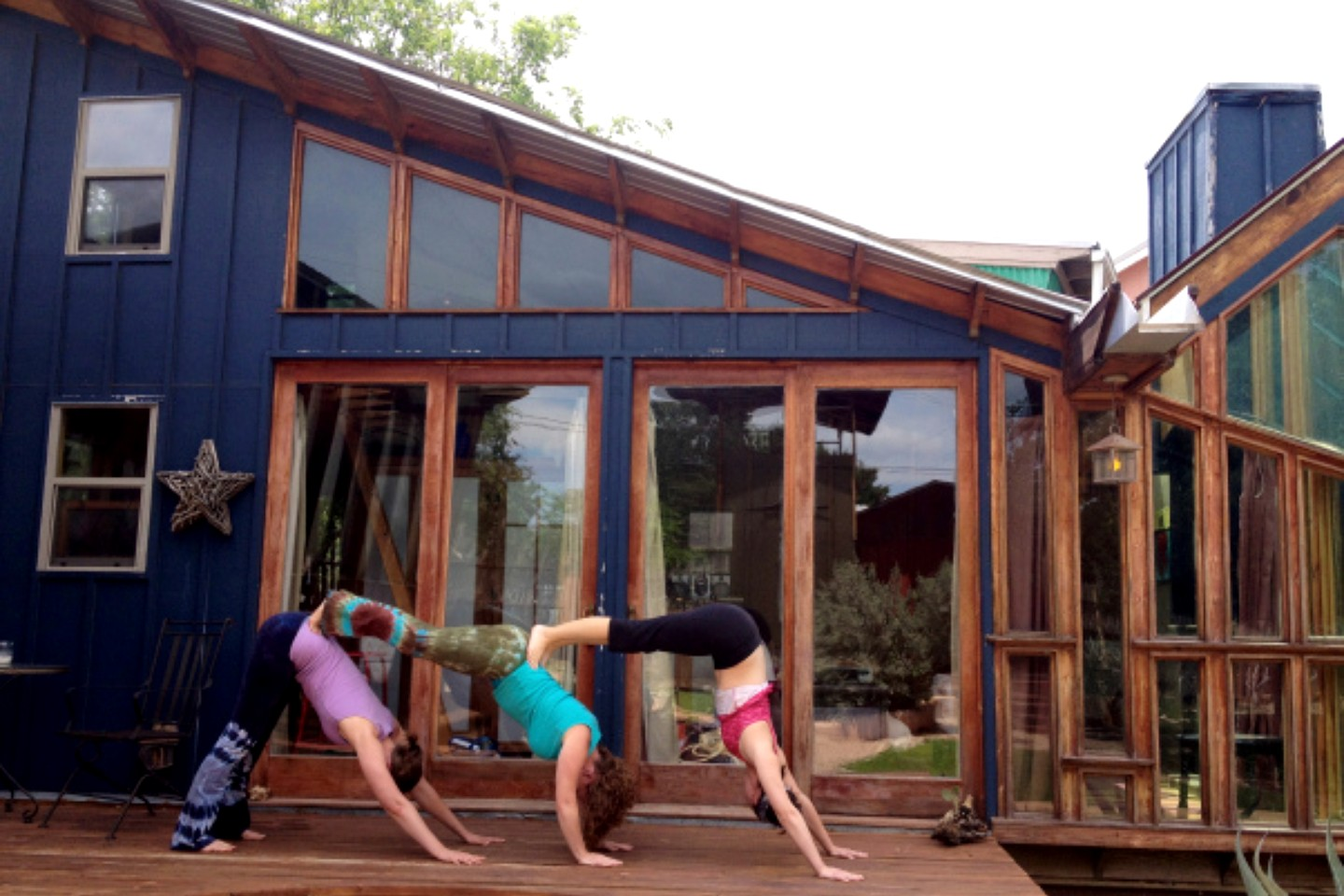 eco cabins in texas hill country offer yoga retreats near. Black Bedroom Furniture Sets. Home Design Ideas