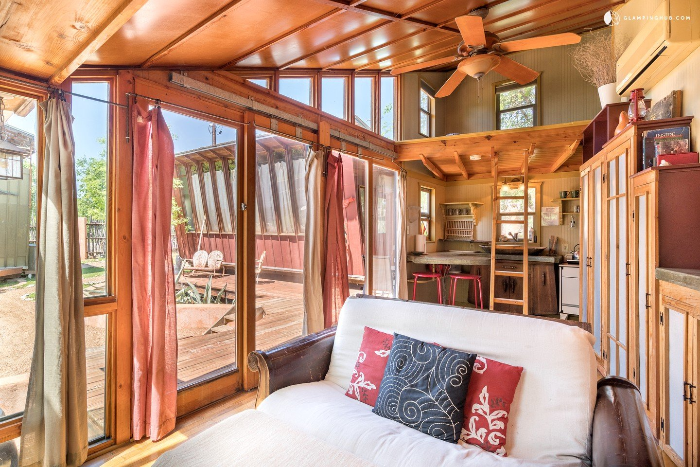 Eco cabins in texas hill country offer yoga retreats near for Texas hill country cabin