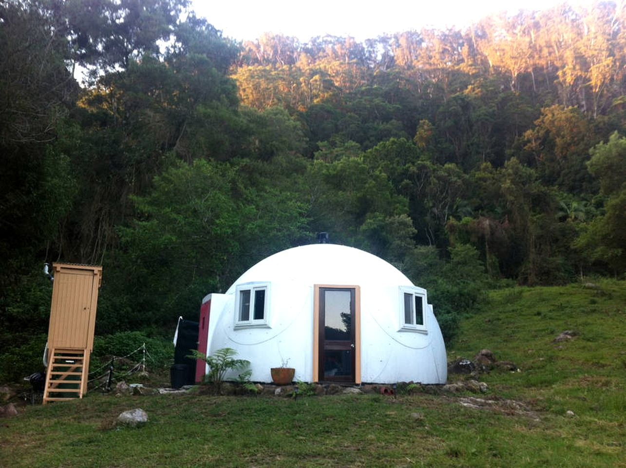 Bubbles & Domes (Wilsons Creek, New South Wales, Australia)