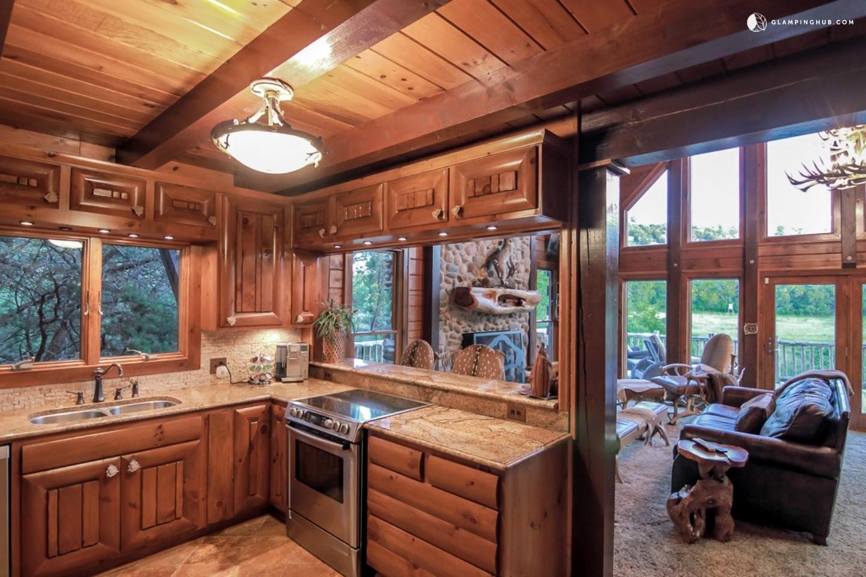 Luxury ranch cabin texas for Luxury ranch texas