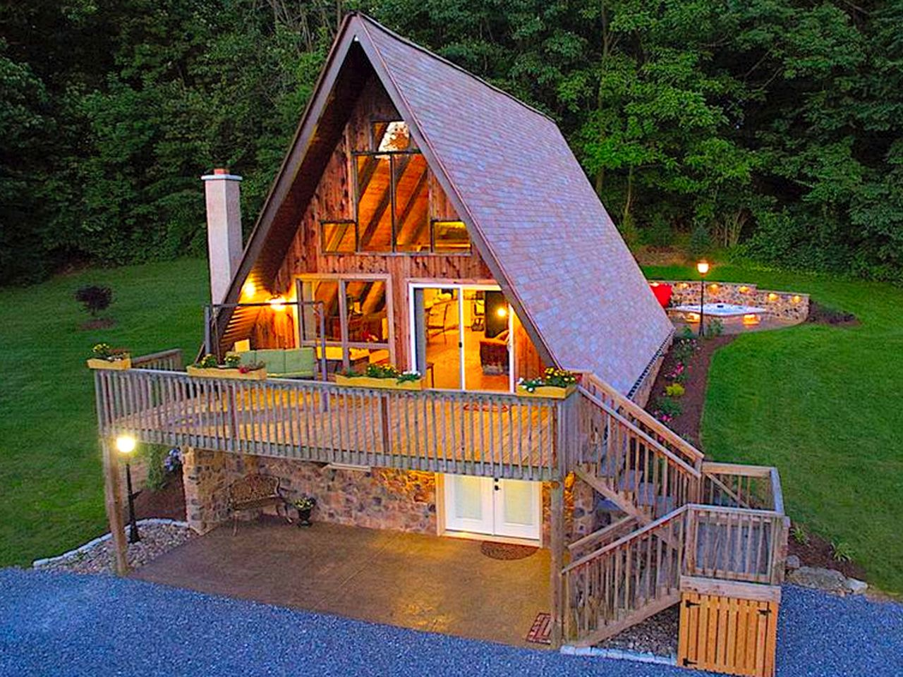 Couples Getaway  Robesonia Pennsylvania  AFrame Cabin