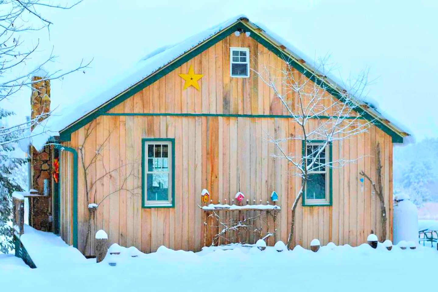 Pennsylvania cabin rental, covered in snow, in the town of Frenchville.