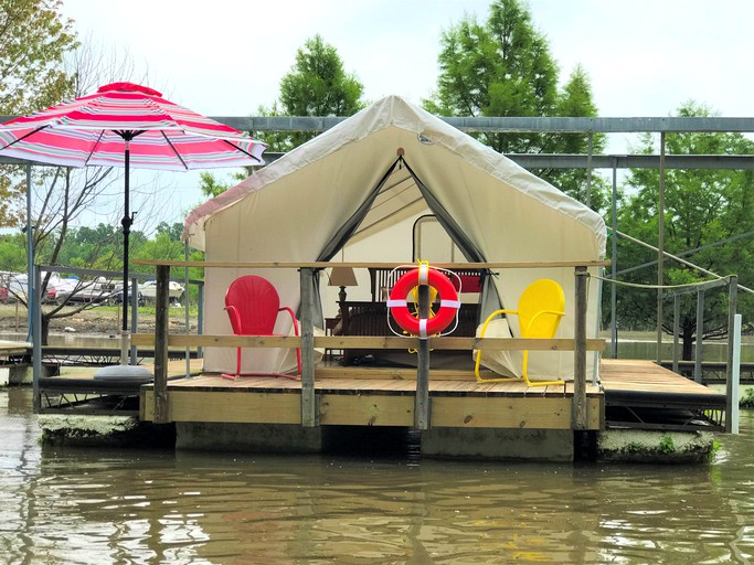 Floating Luxury Tent Rental for Couples in Private Marina near St  Louis,  Missouri
