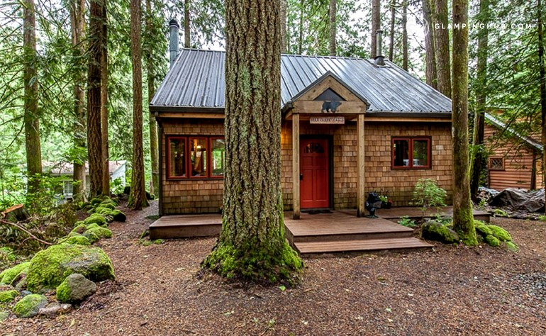 cabins winter in hood den mt snowy cabin house vacation scene log rentals rental oregon welches at lodging bear