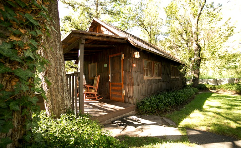 Bed and breakfast for couples in sedona Cabin creek 15