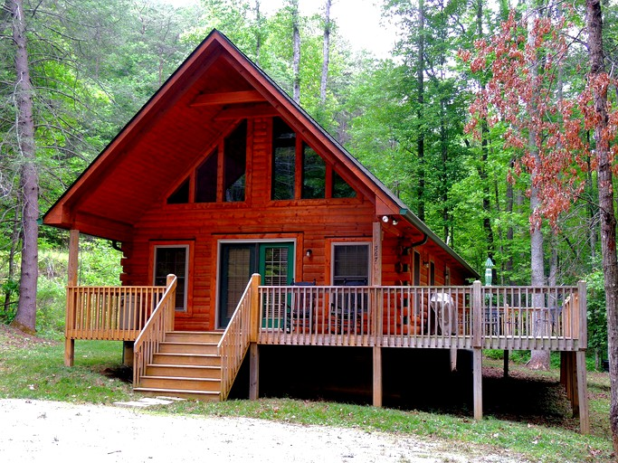 Swell Cozy Family Friendly Cabin Rental Near Hickory Nut Falls In Lake Lure North Carolina Download Free Architecture Designs Grimeyleaguecom
