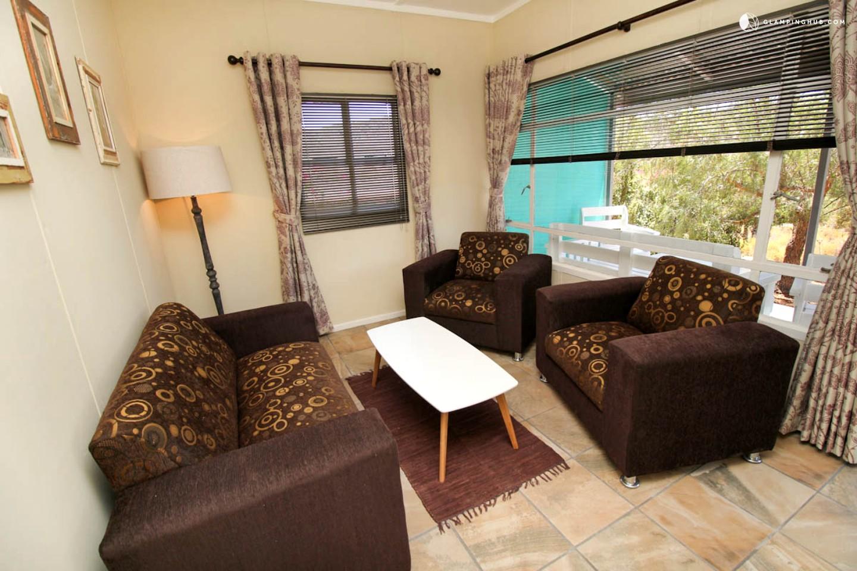 Vacation rental montagu south africa for Home decorations glen eden