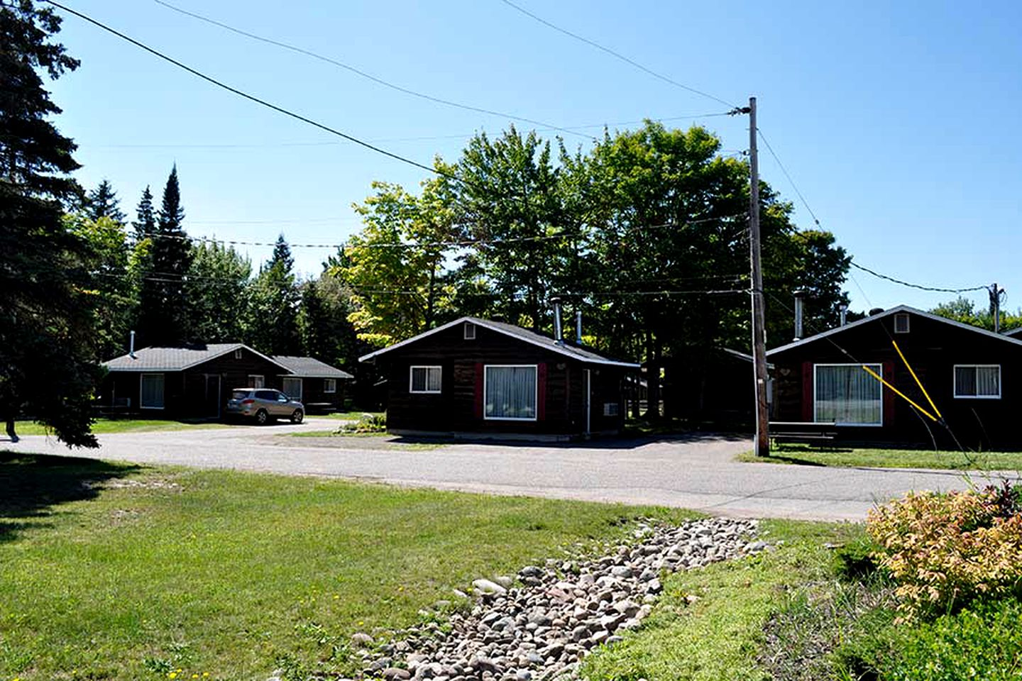 Cottages (Sault Ste Marie, Ontario, Canada)